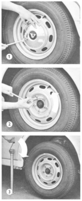 Volvo_Amazon_owners_handbook_replace_tyre.PNG