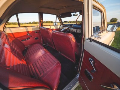 Volvo_interior_PS_rear_door_tarvo_P1455795.jpg